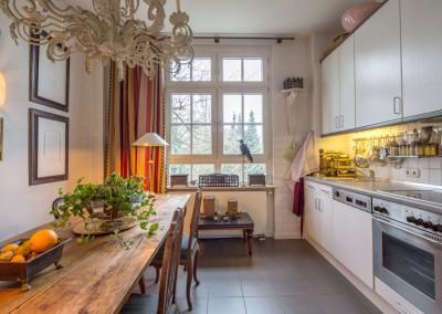 Immobilienmakler Düsseldorf Oberkassel - Altbauwohnung am Drakeplatz zu vermieten