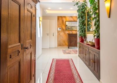 Immobilienmakler Düsseldorf Oberkassel - Penthouse Wohnung nahe der Luegallee zu vermieten