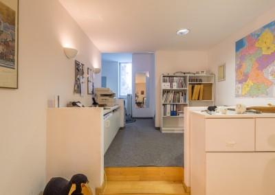 Immobilienmakler Düsseldorf Oberkassel - Büro auf der Quirinstraße am Belsenplatz zu verkaufen